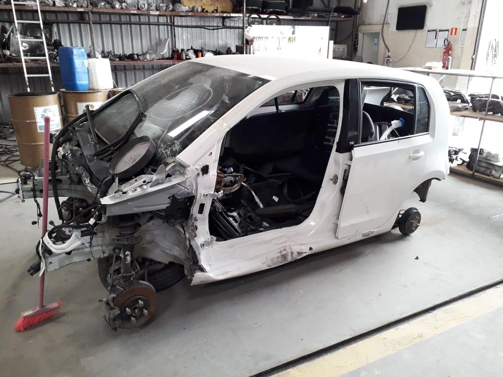 SUCATA VW UP TSI