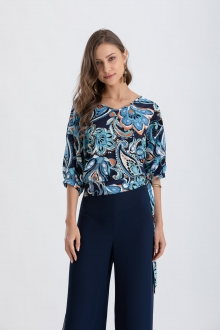 Blusa com  estampa azul e manga curta  Ref. 02668