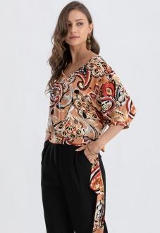 Blusa com  estampa terracota e manga curta  Ref. 02668
