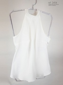 Blusa  gola alta branca com faixa para amarrar ref. 2454