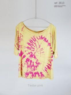 Blusa tiedye cor pink com fundo amarelo ref. 1025