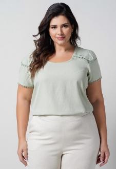 Blusa  verde com aplicação renda plus size  Ref. U66121