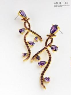 Brinco feminino dourado com cristal lilás - AKA-BC1989