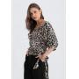 Blusa  com estampa preta e manga curta  Ref. 02668