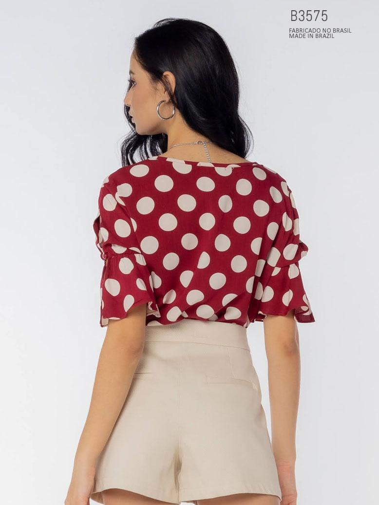 blusa com poá para comprar