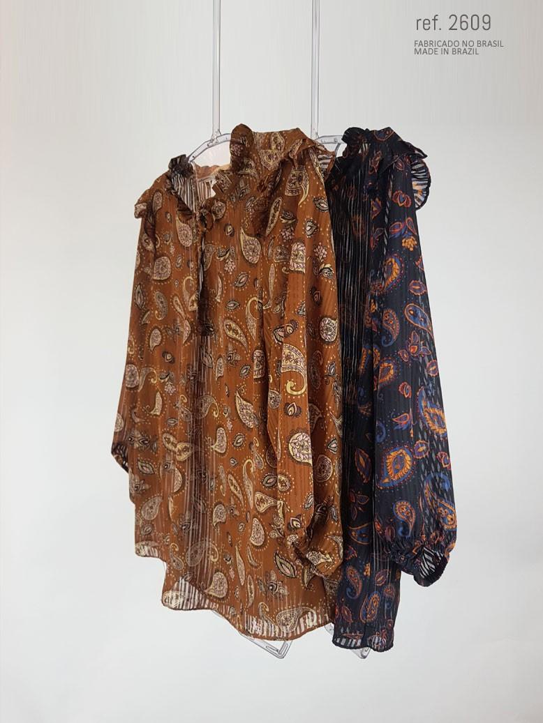 veja como combinar blusa social feminina com diversas cores