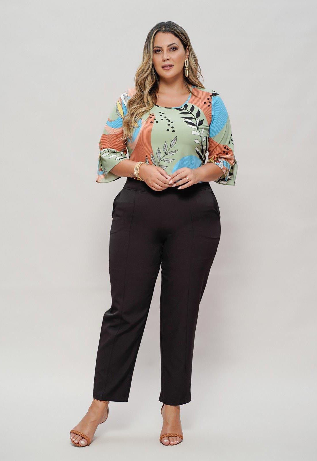 Blusa verde plus size estampada com manga Ref. U62521