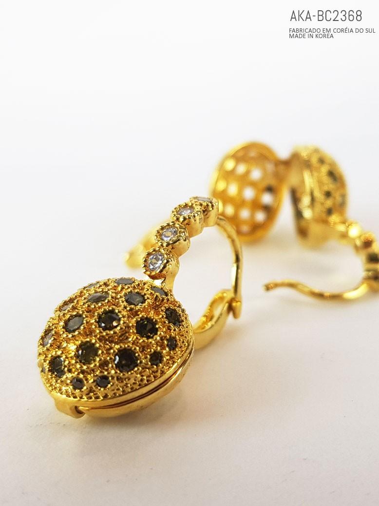 brinco dourado cristal
