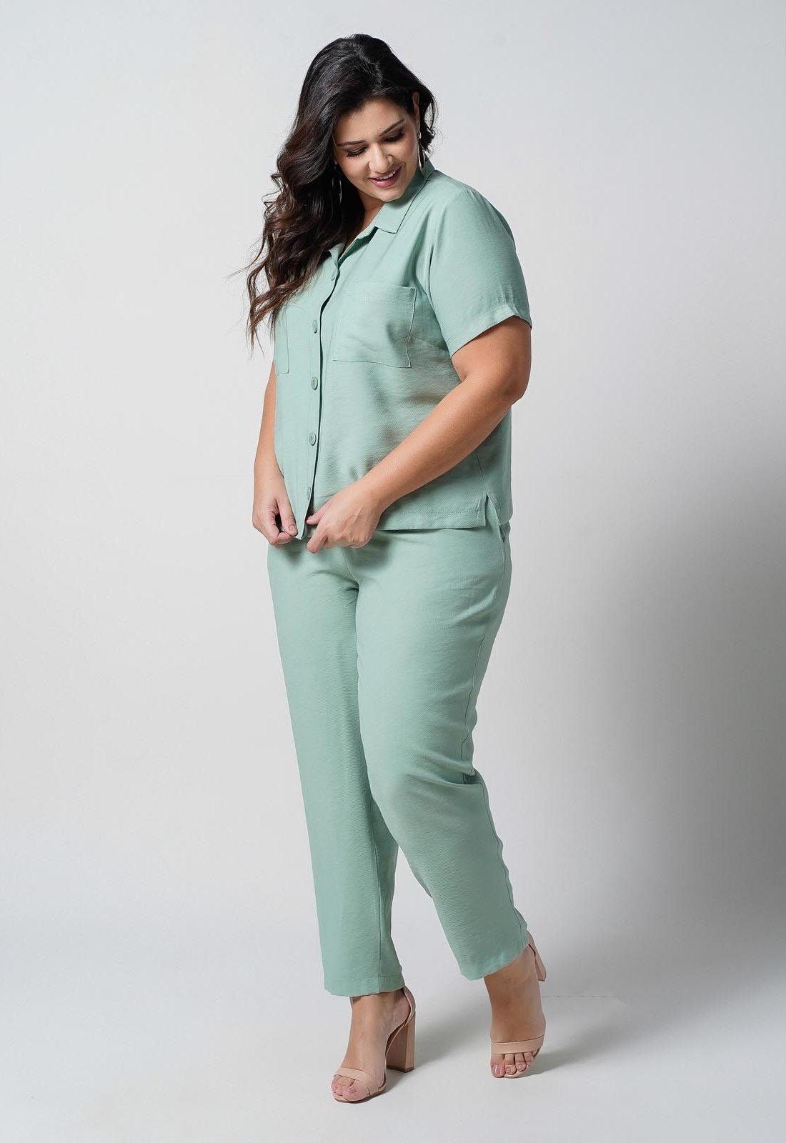 Conjunto  plus size  verde camisa e calça  Ref. U66621