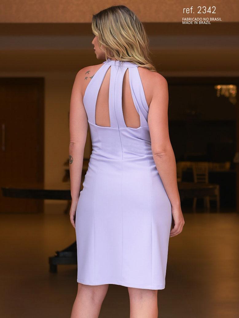 vestido lilás curto
