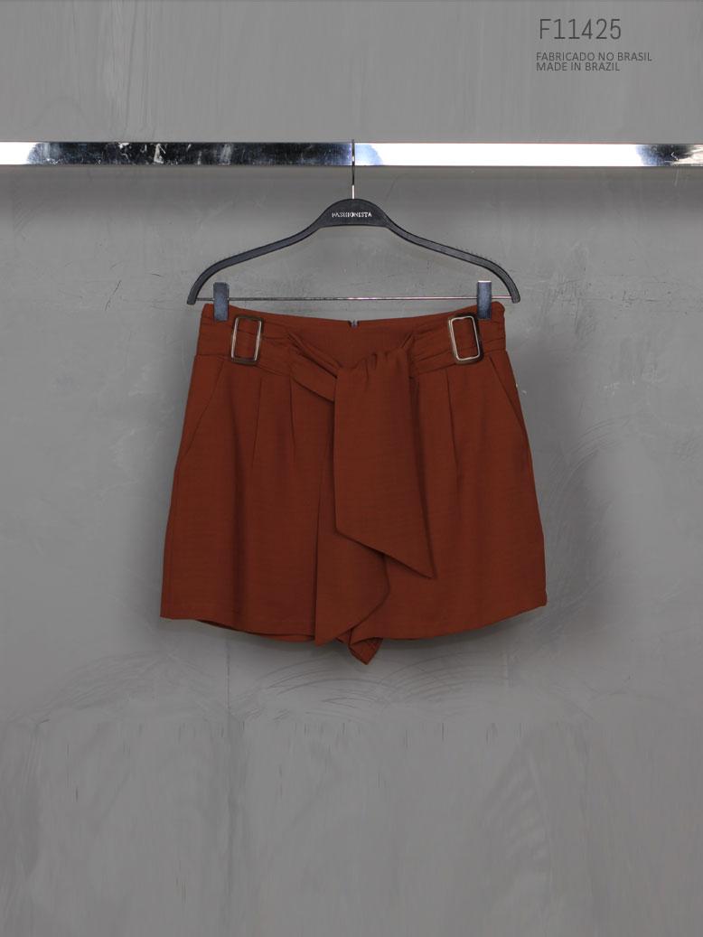 shorts marrom de amarraar