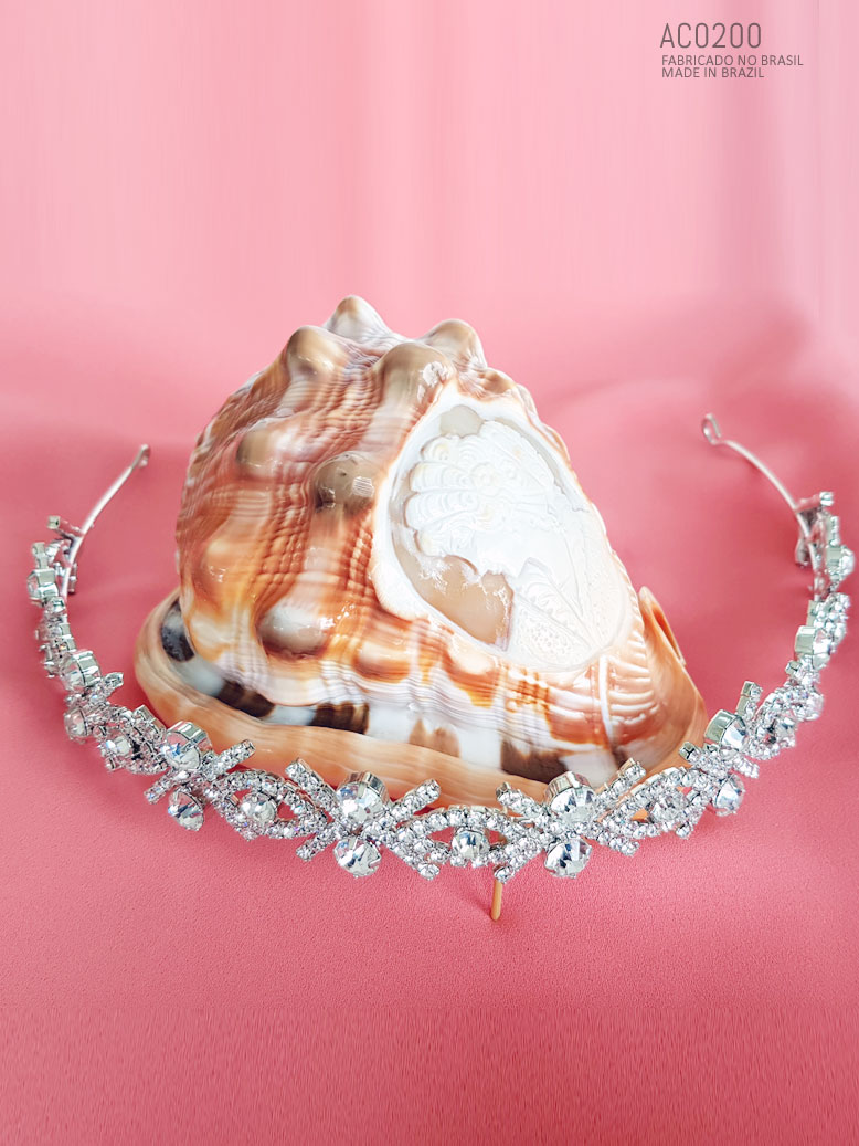 tiara para noiva , uso em casamento
