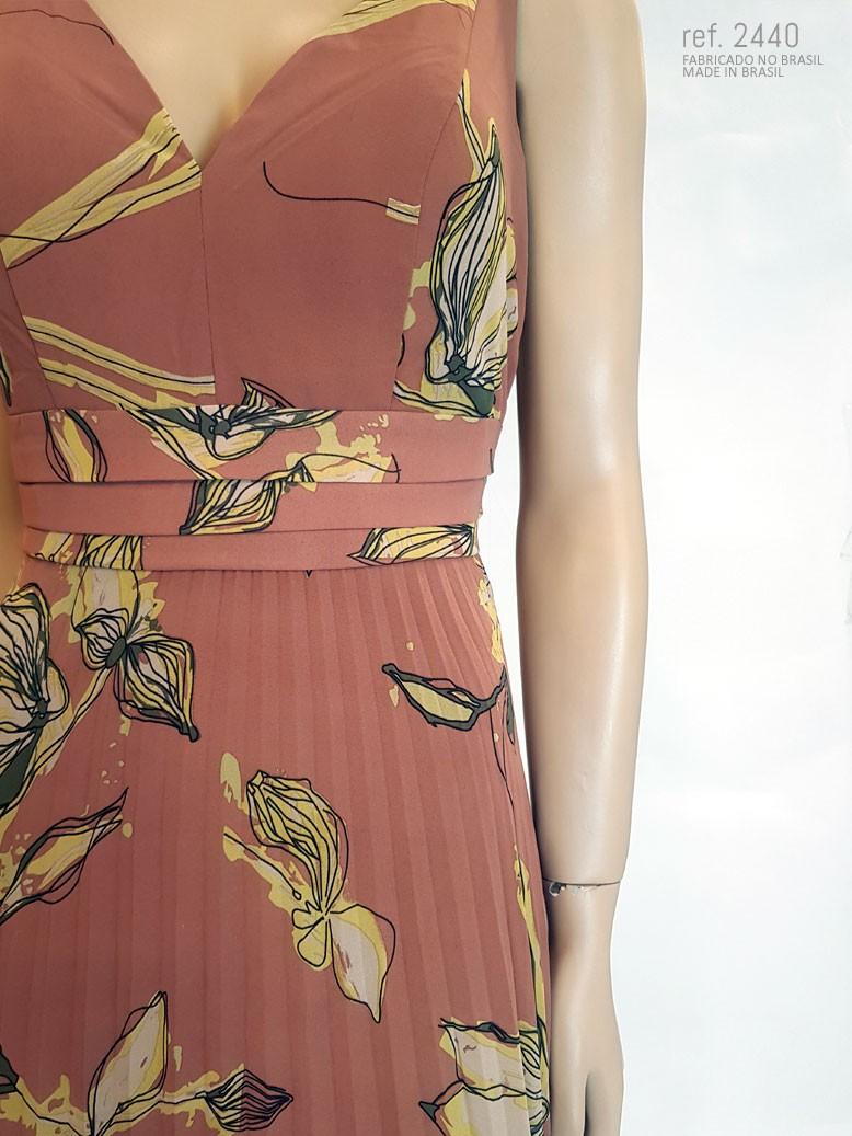 detalhe da estampa do vestido estampado