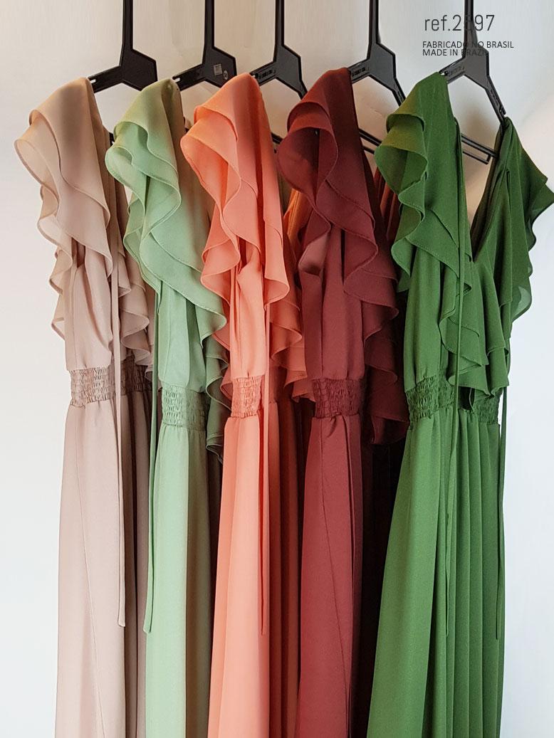 Veja como usar vestidos de festa na cor verde