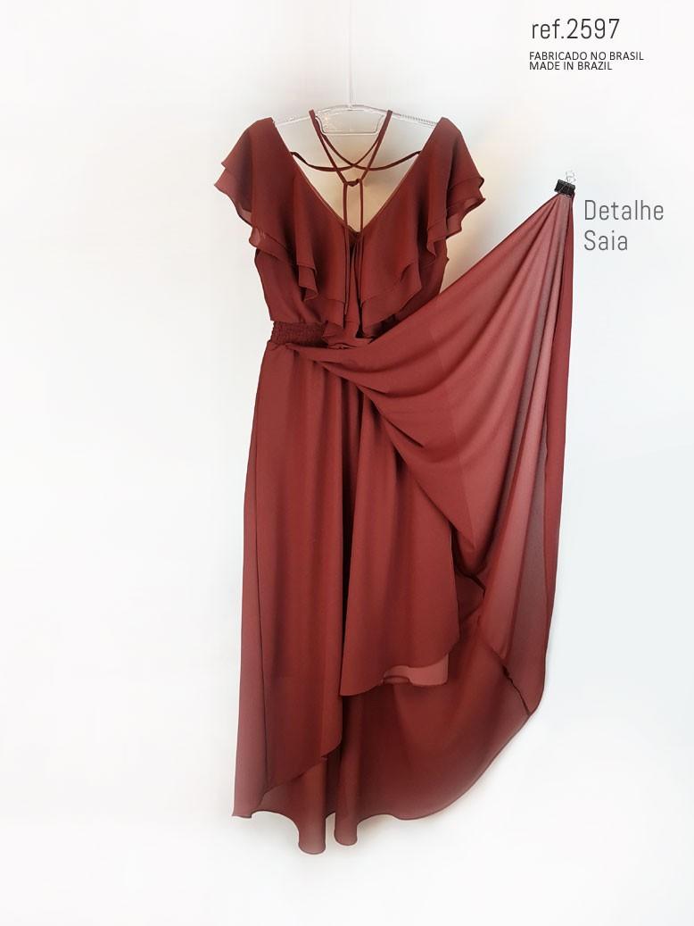 vestido com babado vinho
