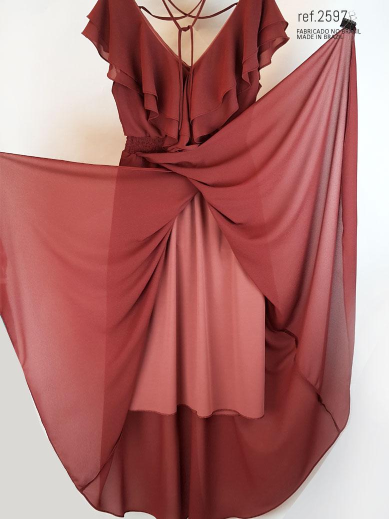 vestido vinho mostrando o forro