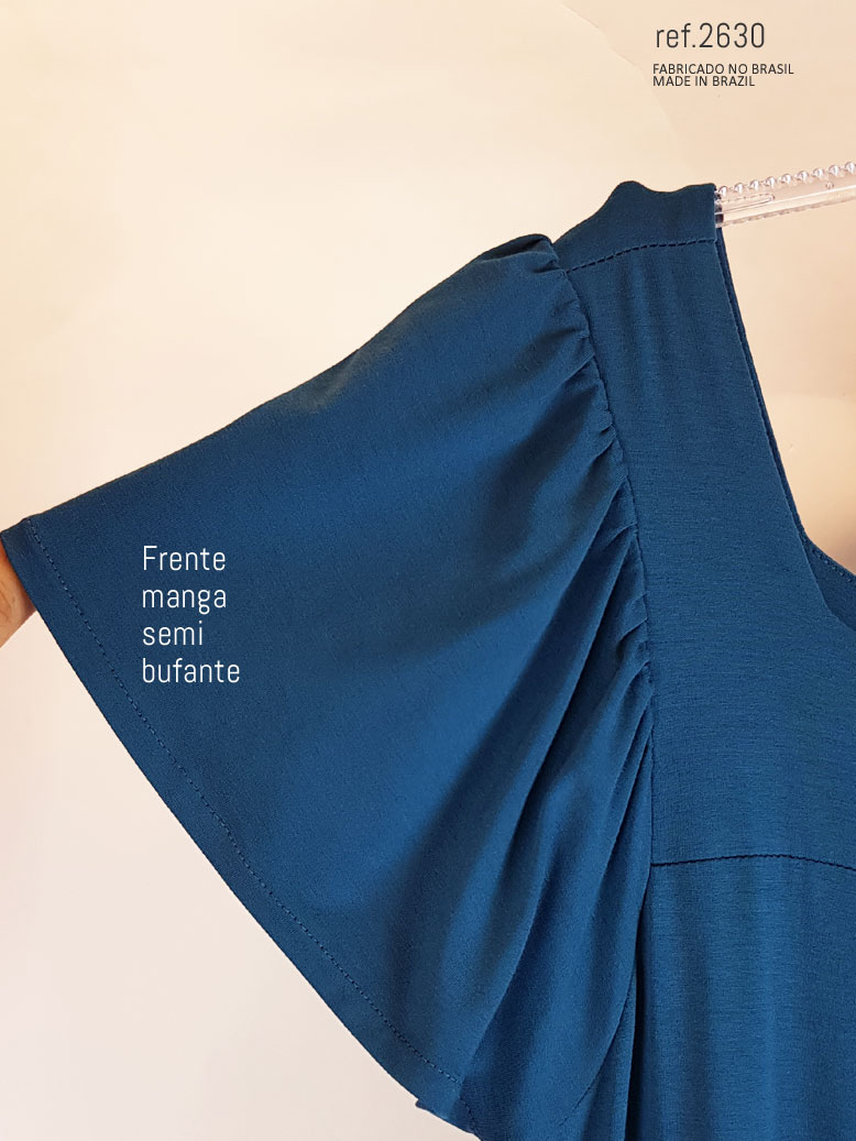 vestido azul com manga curta