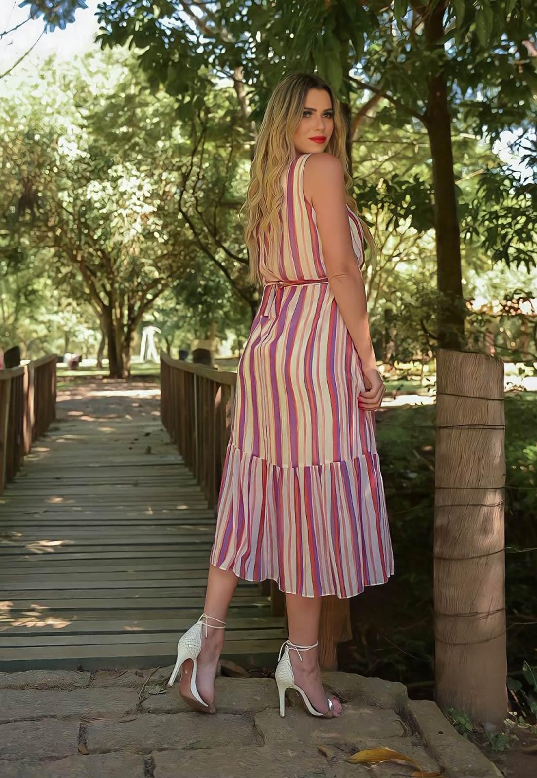 vestido listrado tricolor