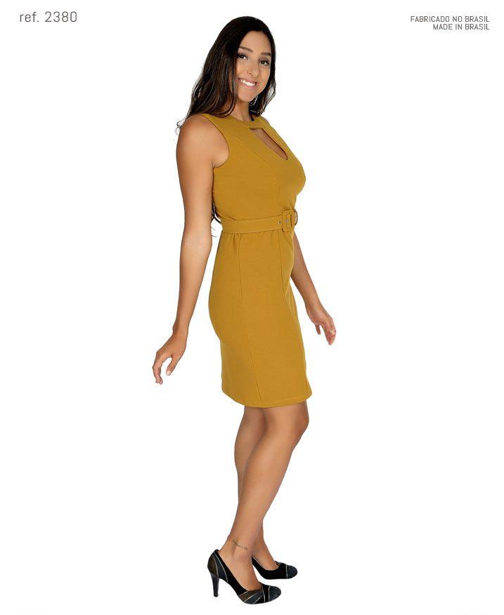 Vestido tubinho curto de crepe com cinto personalizado - Ref. 2380