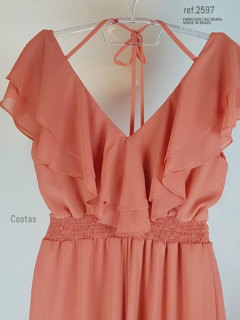 vestido com amarração nas costas