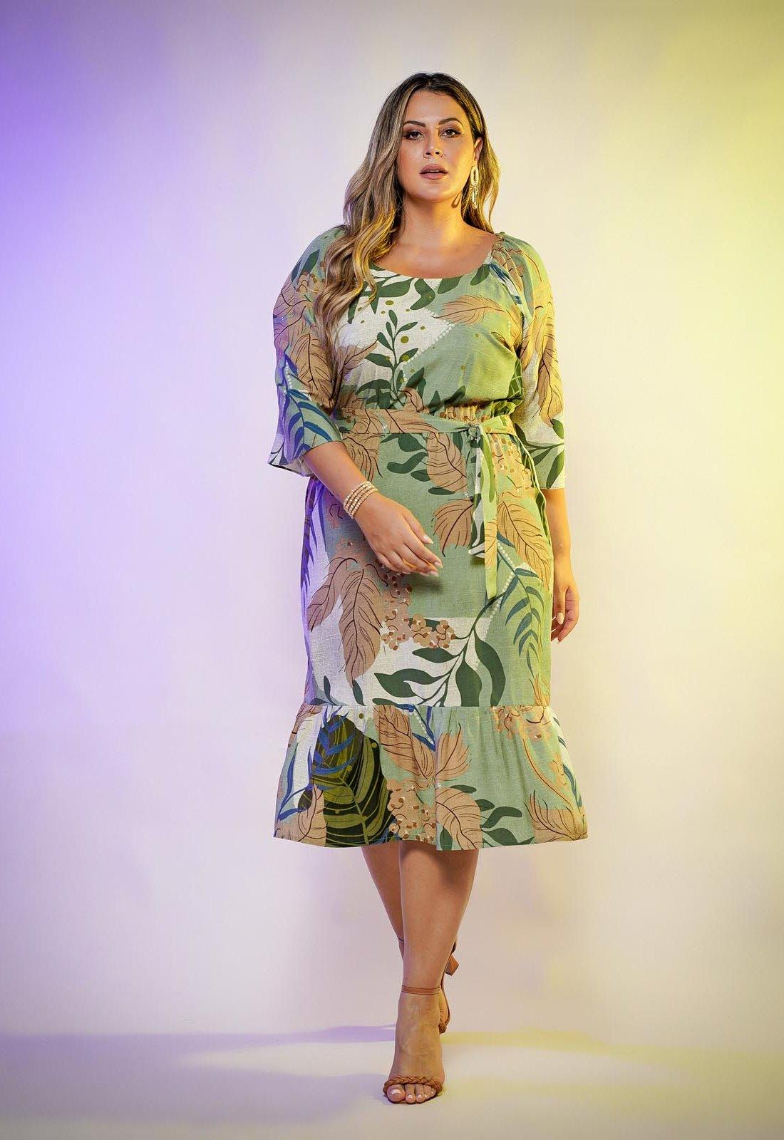 Vestido verde estampado  plus size com manga  Ref. U63121