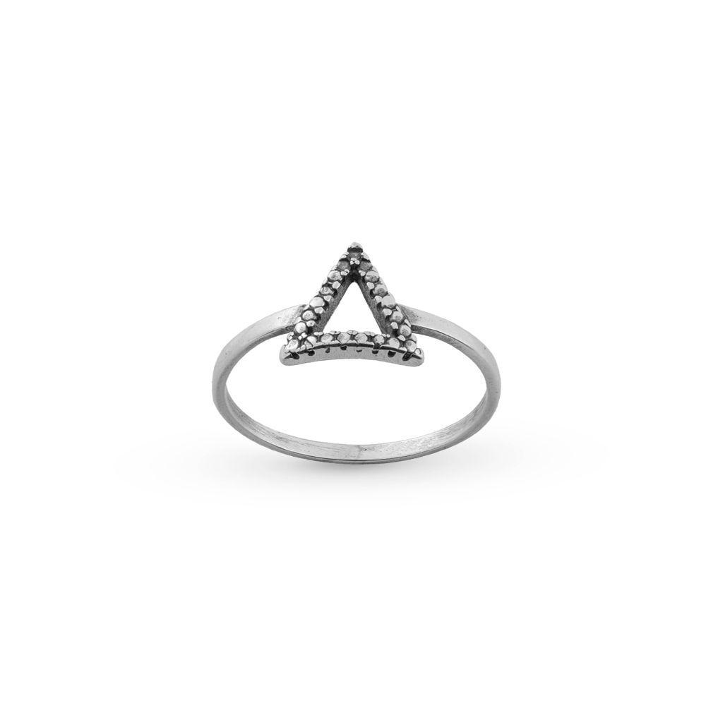 Anel Triângulo Trabalhado Prata 925