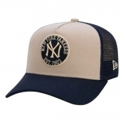 Boné New Era Masculino 9FORTY Yankees Felt Trucker Bege