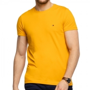 Camiseta Tommy Hilfiger Essential Cotton Tee Amarela