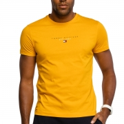 Camiseta Tommy Hilfiger Essential Tee Amarelo