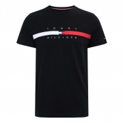 Camiseta Tommy Hilfiger Global Stripe Chest Preto