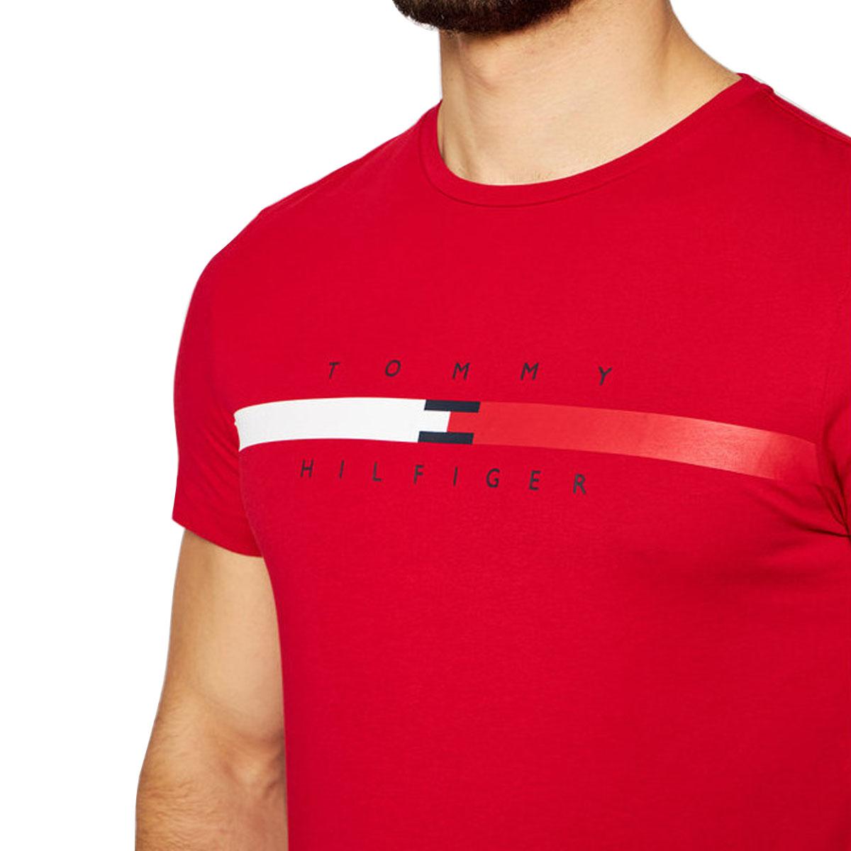 Camiseta Tommy Hilfiger Global Stripe Chest Vermelha