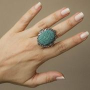 Maxi anel boho chic banho ônix com pérolas turquesa