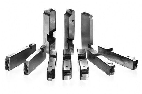 Pente de Rosca Metal Duro de 2.1/2 X 4 Bsp