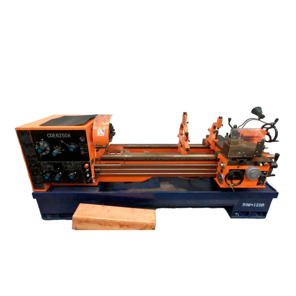 Torno Mecanico Mod. Cde6250a 500 X 1500