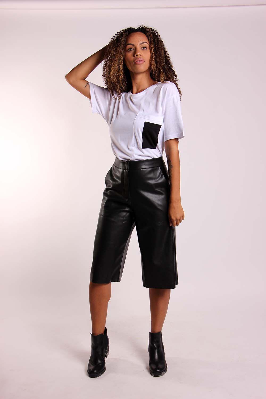 Blusa bolso sobreposto