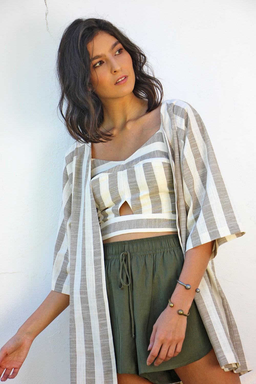 Kimono sândalo