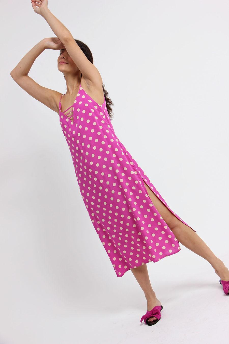 Vestido nevoa poá pink