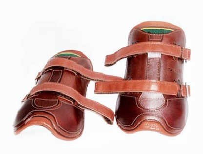Caneleira para Hipismo Couro/Velcro TP  - Salto & Sela
