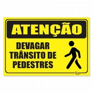 Placa de Sinalização Atenção Devagar Pedestre