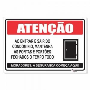 Placa de Sinalização Atenção no condomínio