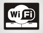 Placa PVC Área Wifi Branco e Preto Espaço para Senha 30x50cm