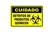 Placa PVC Cuidado Detritos de Produtos Químicos