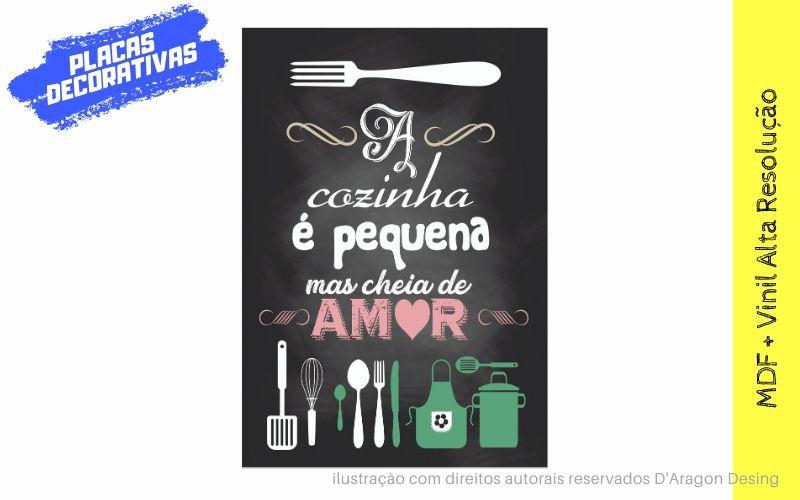 Placa Decorativa Cozinha Pequena Cheia de Amor