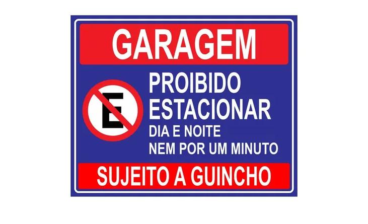 Placa PVC Garagem Proibido Estacionar Dia e Noite Azul