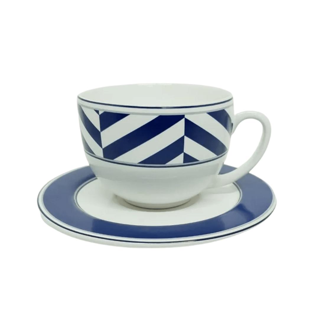 Xícara de Chá com Pires Decorado Branco com Azul Porto Brasil