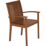 Cadeira de Madeira Tramontina em Jatobá com Acabamento Eco Blindage com Braços