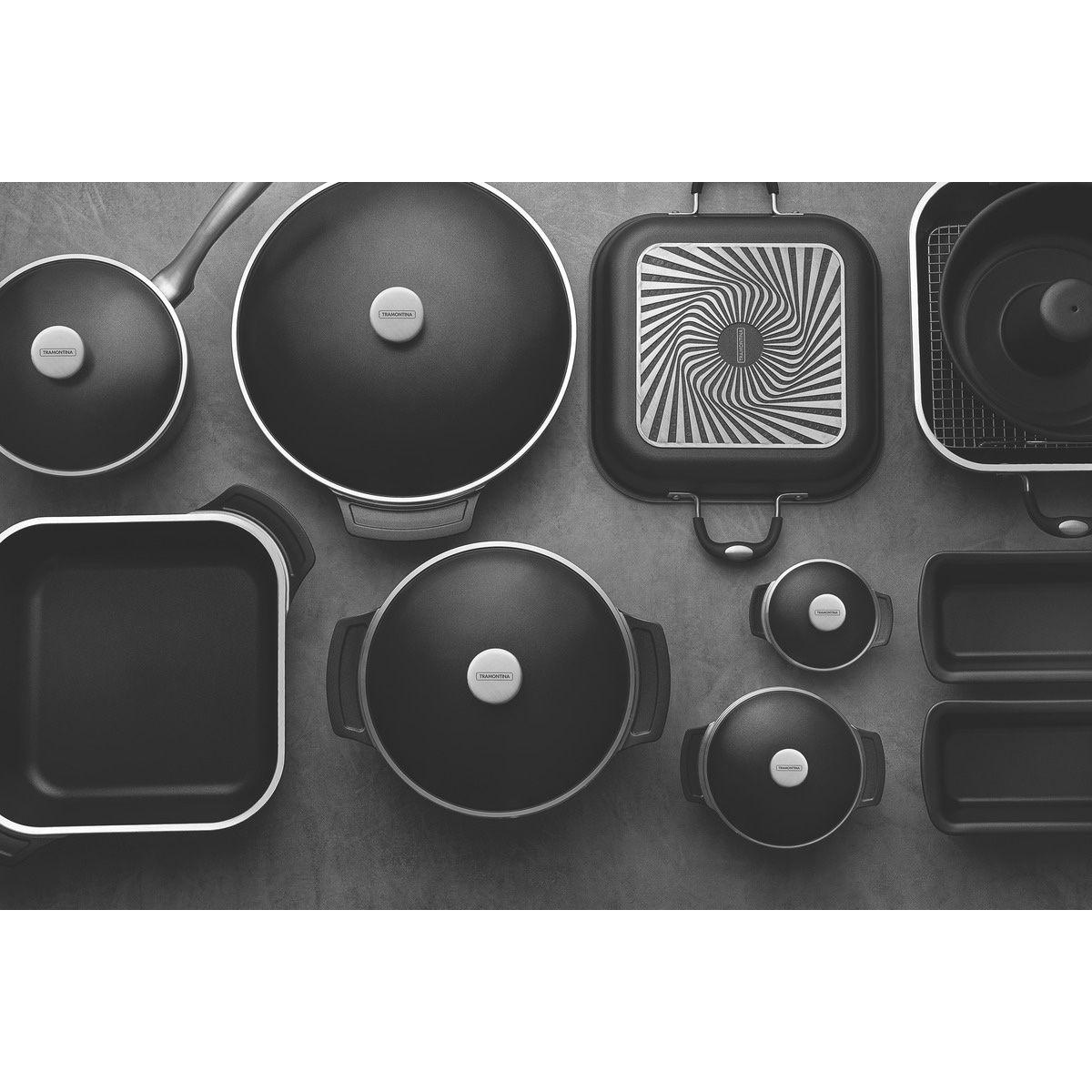 Kit Tramontina Lyon 360 em Alumínio Forjado com Revestimento Interno Antiaderente Starflon T5 Preto 6 Peças