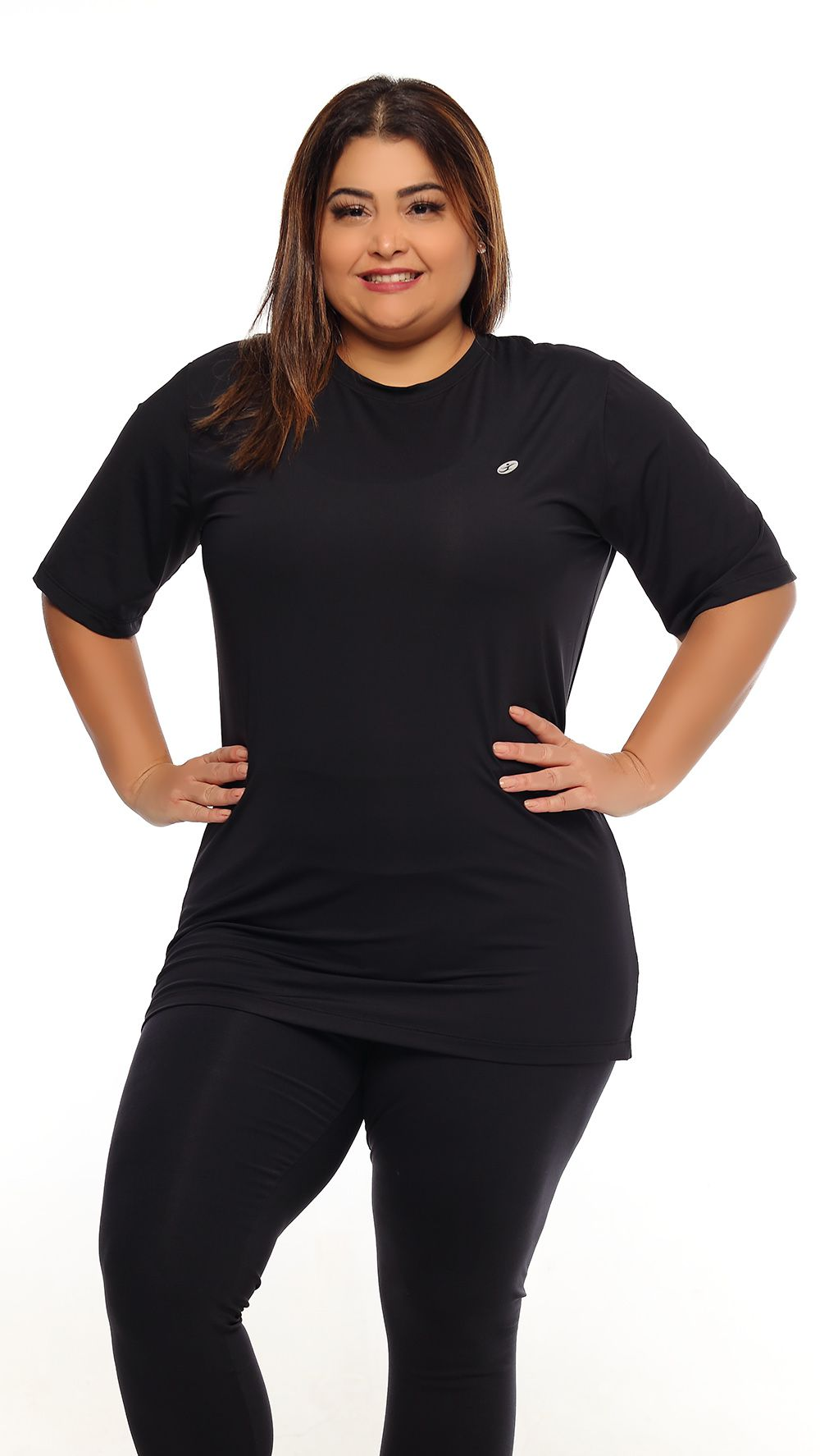 CAMISETA UNISSEX RECORTE PLUS SIZE JUST FIT - PRETO