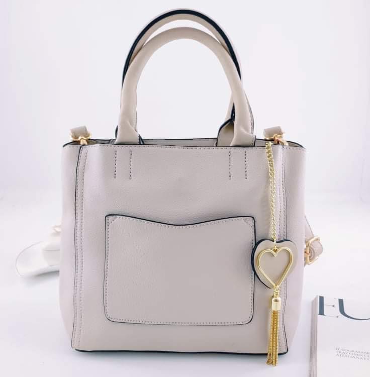 Bolsa com Chaveiro de Coração