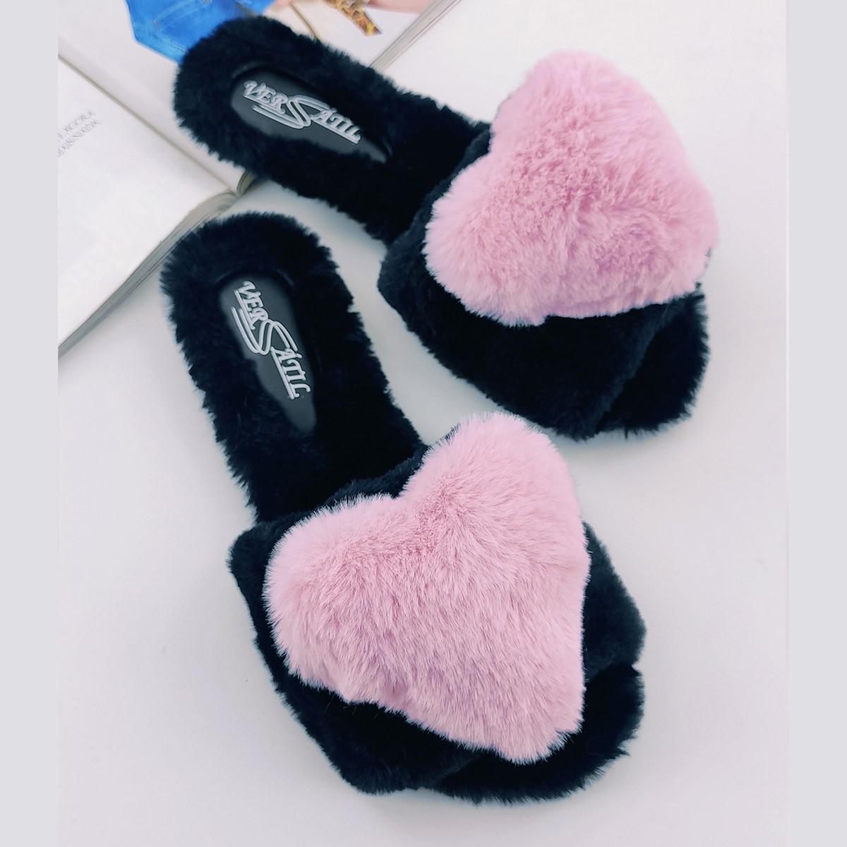 Fuzzy Slides Heart rosa